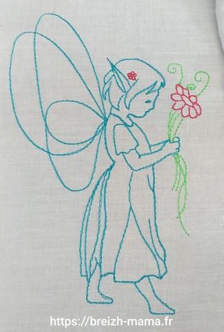 Motif broderie fée elfe fleur