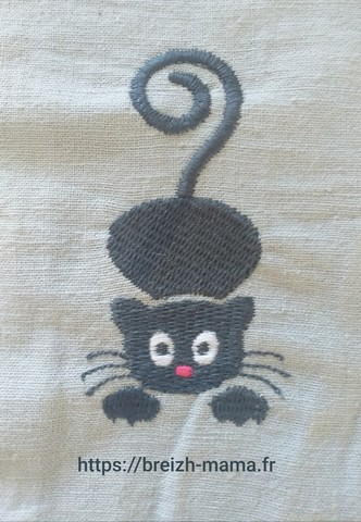 Motif broderie chaton