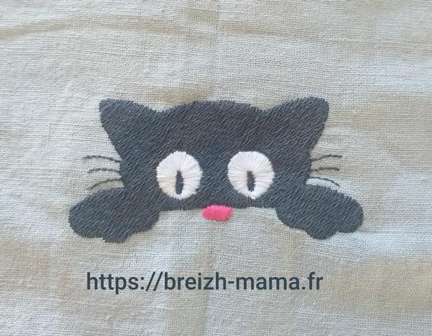 Motif broderie chaton mignon