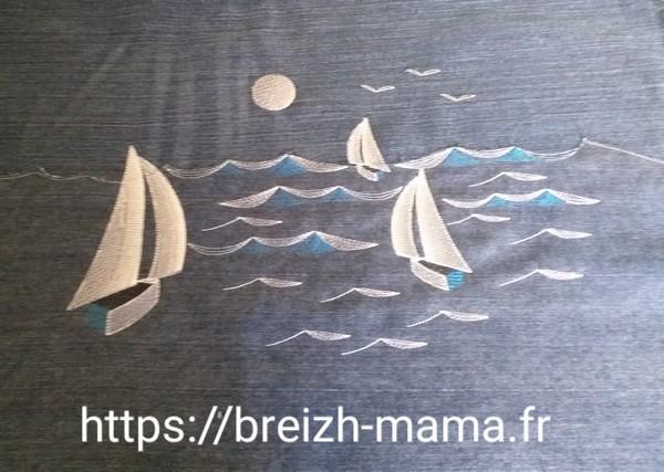 Motif broderie bateaux