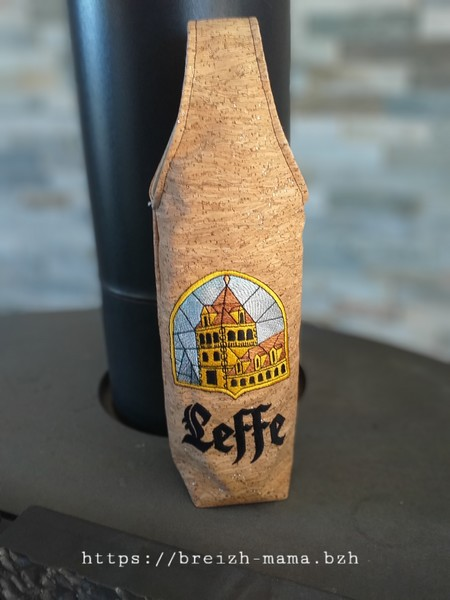 Sac bouteille broderie Leffe